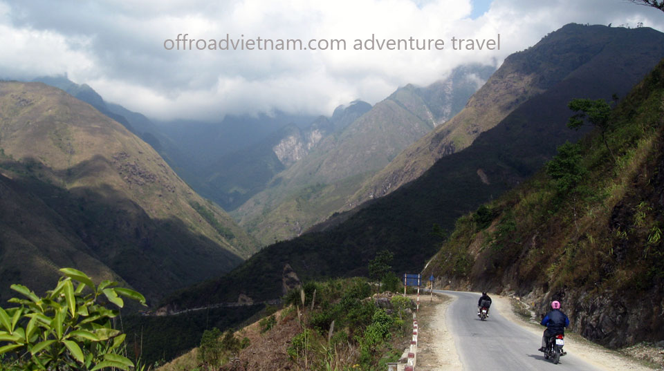 Long 5 Days Roof Roads Motorbike Tour. Long 5 Days Roof Roads Motorbike Riding Adventure In Vietnam Via Sapas