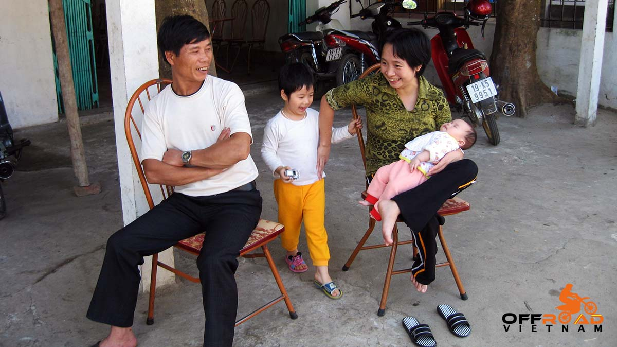 Offroad Vietnam Motorbike Adventures - Pregnancy And Birth. Customs And Rites