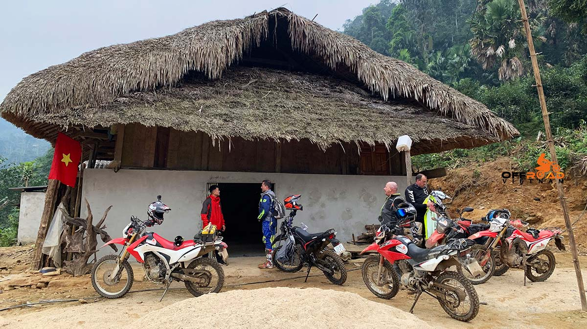 Offroad Vietnam Motorbike Adventures - Semi-guided Motorbike Tours Of Vietnam with local homestay.