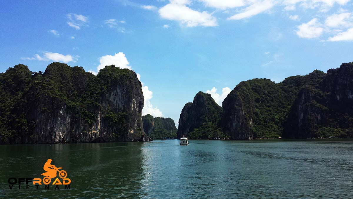 Offroad Vietnam Motorbike Adventures - Official 6 days North-east & Halong motorbike tour with an amazing boat cruise.