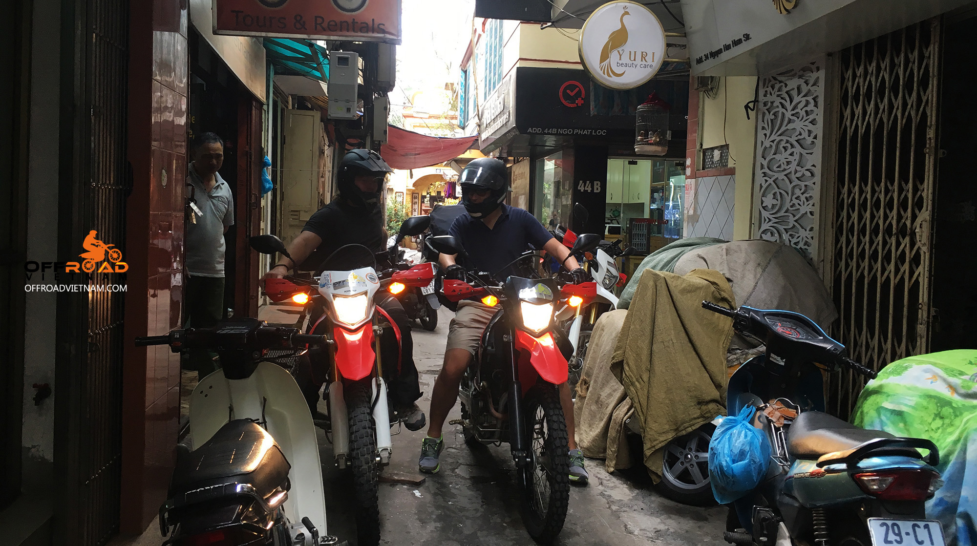 Start your off-road Vietnam motorbike tours Vietnamese way and Hanoi style. Space is so narrow here.