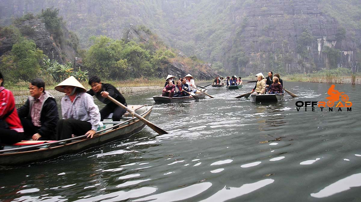 Offroad Vietnam Motorbike Adventures - One-oay motorbike tour Hoa Lu & Tam Coc withan amazing boat cruise.