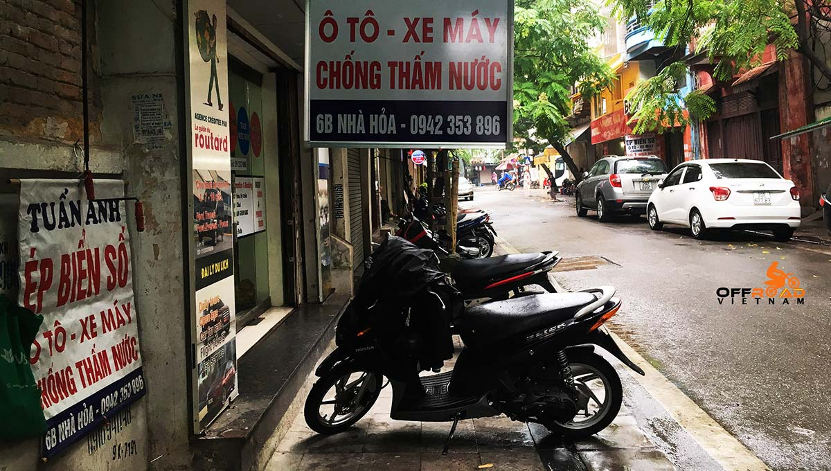 Offroad Vietnam Motorbike Adventures - Services for your bikes in Hanoi. Motorcycle number plate plastic protection, boc bien so xe may.