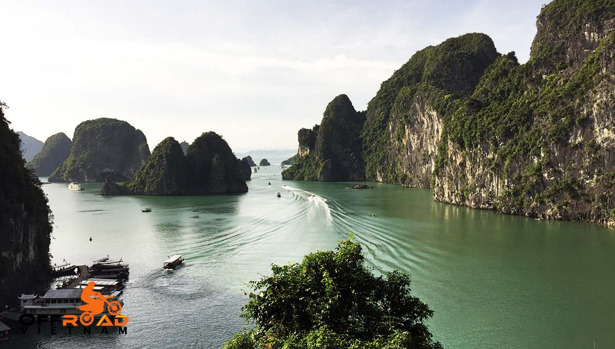 Offroad Vietnam Motorbike Adventures - Red River Delta & Halong 6 days motorbike tour with a boat cruise in Halong Bay.