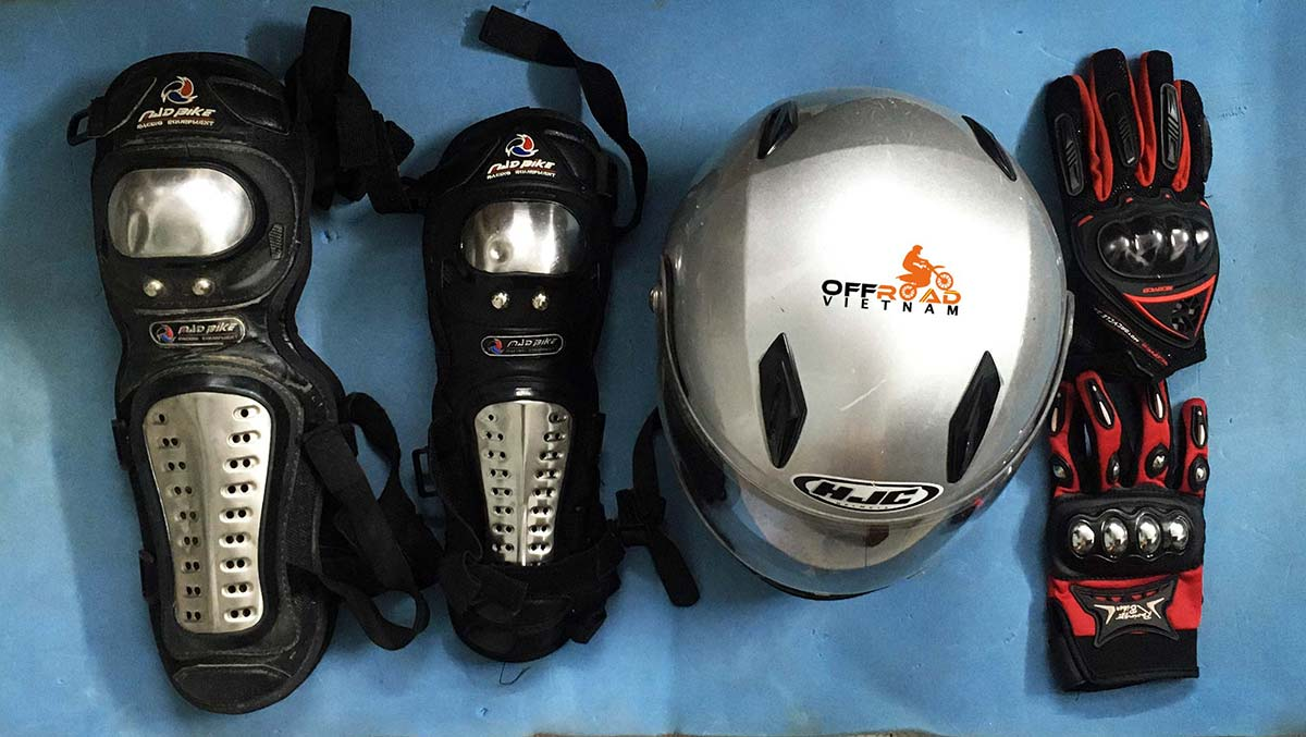 Offroad Vietnam Motorbike Adventures - Riding Gear For Motorbiking Safely. HJC 2/3 or full face helmet, protective knee and elbow pads and gloves.