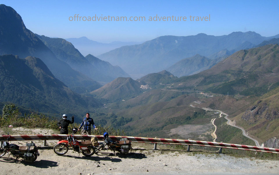 Offroad Vietnam Motorbike Adventures - Through NorthWest Vietnam In 10 Days. Vietnam motorbike & motorcycle tours. Motorcycling Vietnam in 13 days