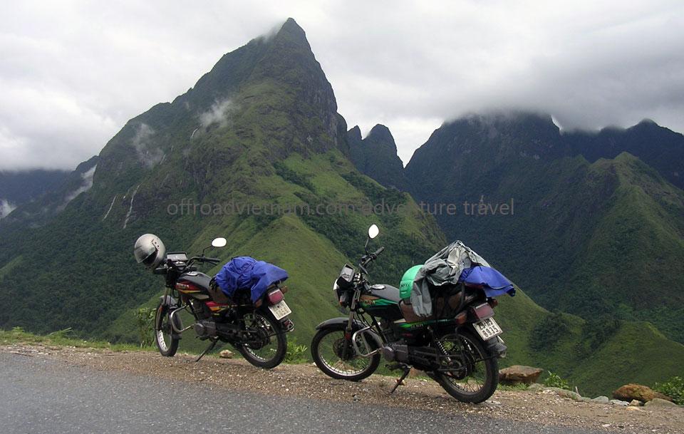Offroad Vietnam Motorbike Adventures - Standard 6 Days Middle Roads Motorbiking