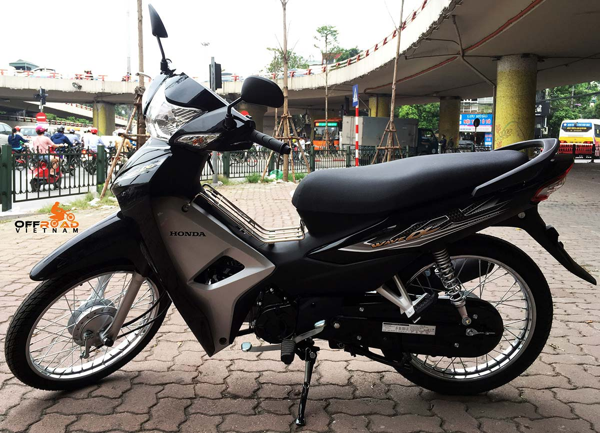 Offroad Vietnam Scooter Rental - Honda Wave Alpha 110cc for rent In Hanoi, 2017 model, black colour.