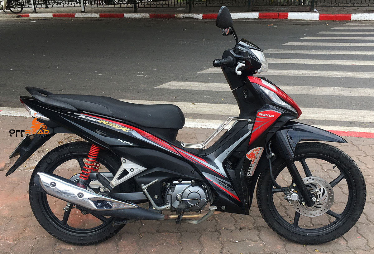 Offroad Vietnam Scooter Rental - Honda Wave Series 110cc In Hanoi: Honda Wave RSX 110, 110cc.