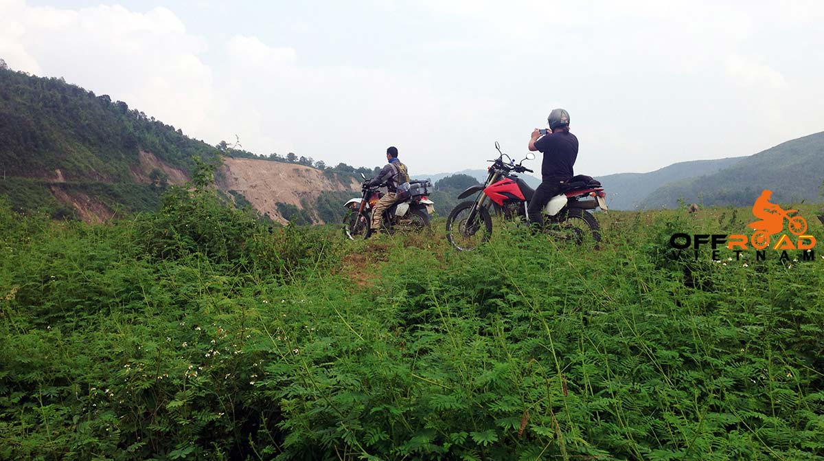Offroad Vietnam Motorbike Adventures - Song Thao 2 Days, Home Staying By Bike. Song Thao motorbike tours in 2 days, Home staying.