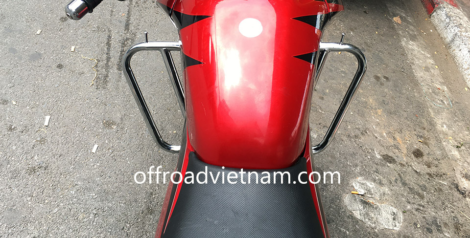Offroad Vietnam Dirt Bike Rental - HONDA RR150 (CBF 150-SF) 150cc road bike for rent In Hanoi. 2014 HONDA RR150 (CBF 150-SF) 150cc touring motorcycle new and wide crash bar