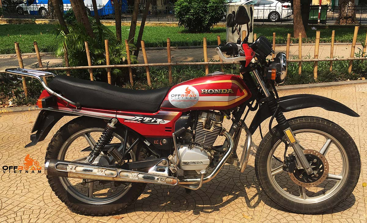 Offroad Vietnam Motorbike Adventures - Honda CGL125 125cc Red, Disc brake, cast wheels.