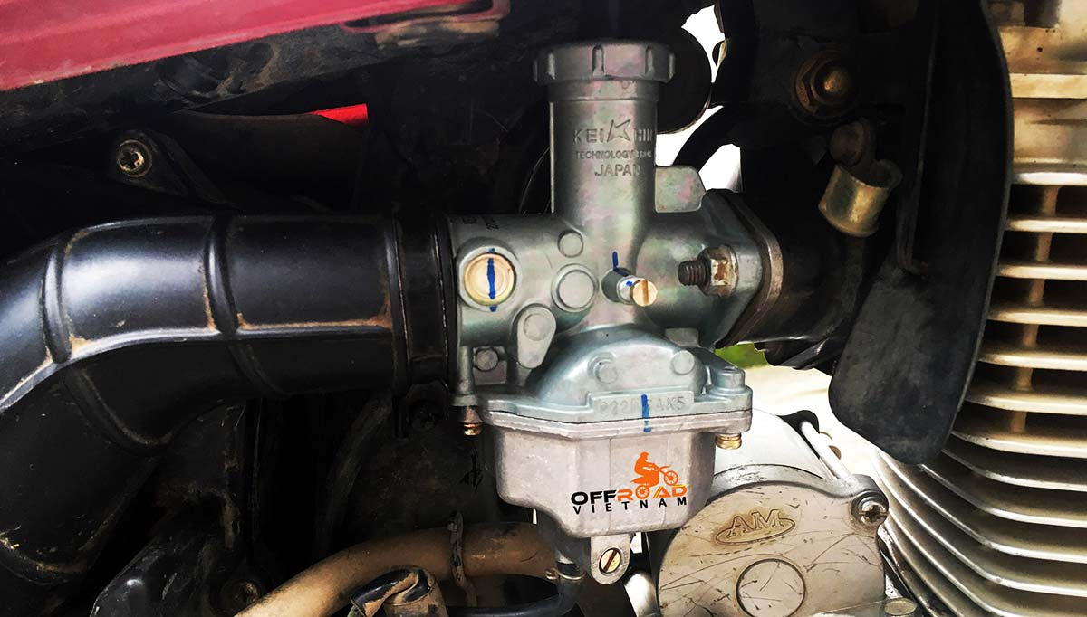 Offroad Vietnam Motorbike Adventures - Honda CGL125 was installed with a new & better carburettor.