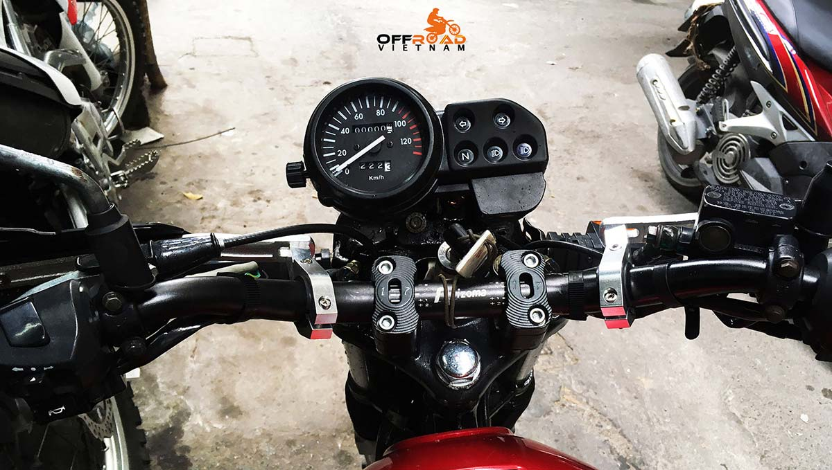 Offroad Vietnam Motorbike Adventures - Honda CGL125 off road ability with handle bar protection from the rider position.