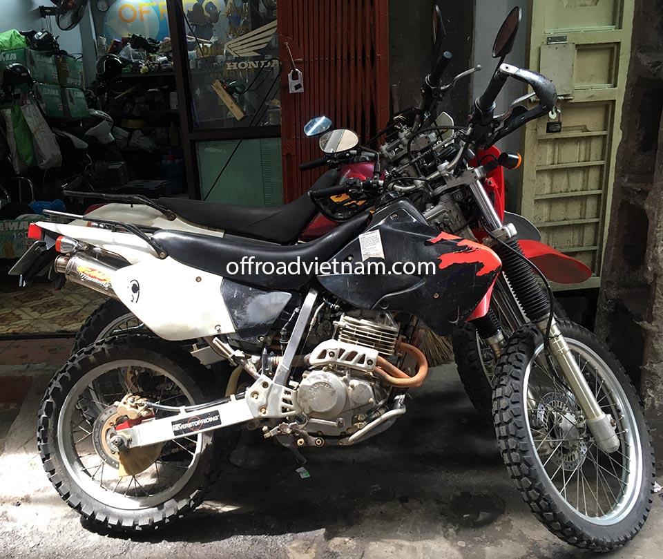 Offroad Vietnam Motorbike Sale - 1998 Honda XR250 Baja For Sale In HCMC (Saigon) by customers. Silver, Red, Black or White with disc brakes