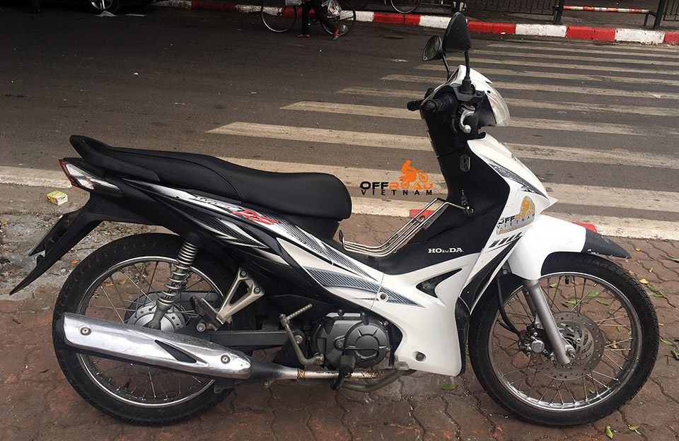 Offroad Vietnam Used Scooters For Sale In Hanoi - 2013 black/white Honda RSX11 110cc. Front disc brake, rear drum brake