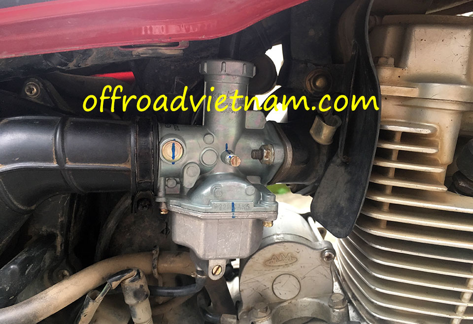 Offroad Vietnam Used Dirt Bikes For Sale In Hanoi - The  used Honda CGL125 touring motorcycle for sale in Hanoi seat and luggage rack, Vietnam