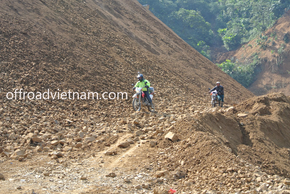 Offroad Vietnam Motorbike Adventures - 8 Days Ha Giang Motorbike Tours: Scenic Ha Giang of Vietnam off road motorbike tour. Dirt biking on rough roads