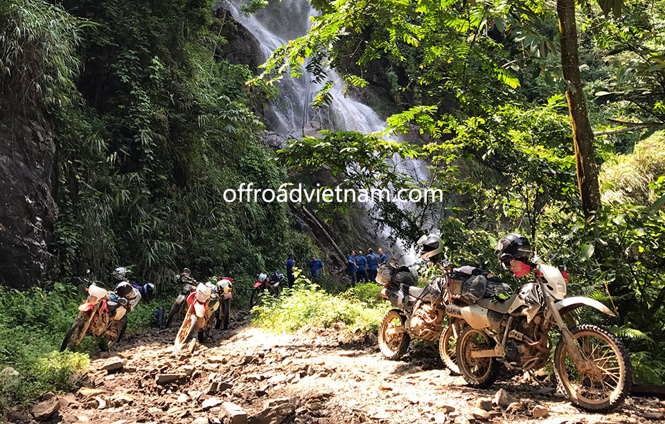 Offroad Vietnam Motorbike Adventures - Northeast Vietnam, Scenic Ha Giang & Halong Bay