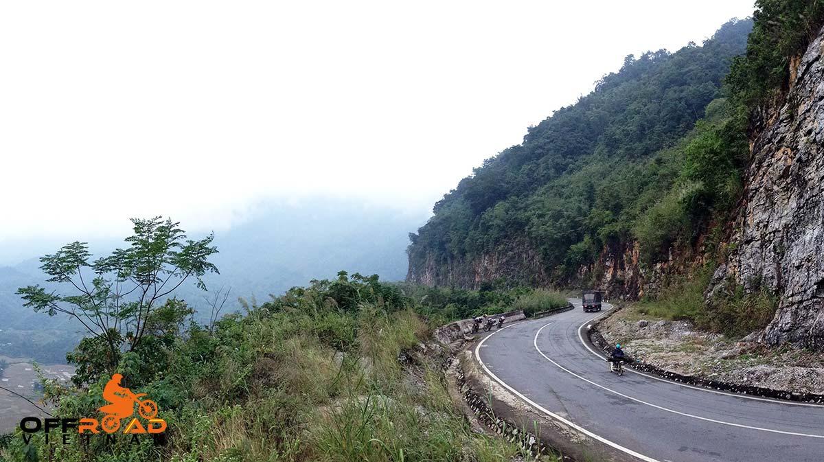 Offroad Vietnam Motorbike Adventures - Lung Phay pass, a motorbiking spot in Vietnam