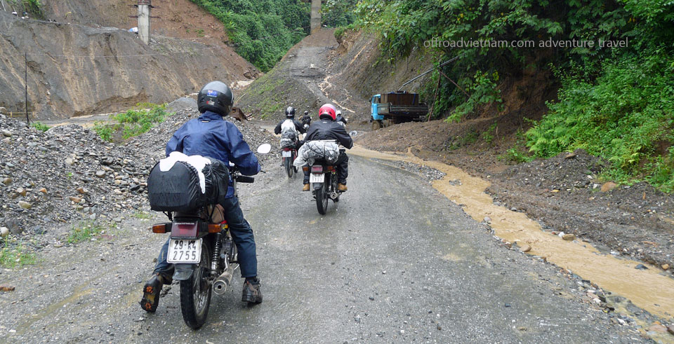 Offroad Vietnam Motorbike Adventures - Challenging Short Northwest 5 Days Biking. Challenging Short Northwest Vietnam Motorbike Tours In 5 Days