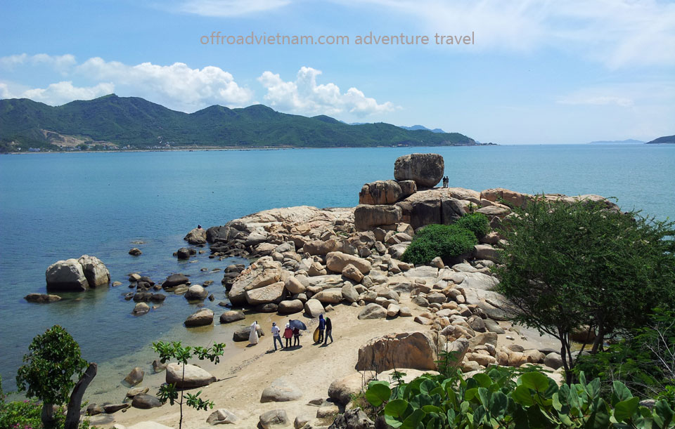 Offroad Vietnam Motorbike Adventures - 16 Days Ho Chi Minh Trail By Motorbike: Ho Chi Minh Trail (Road) motorbike tour along the coastal road with good view, Vietnam