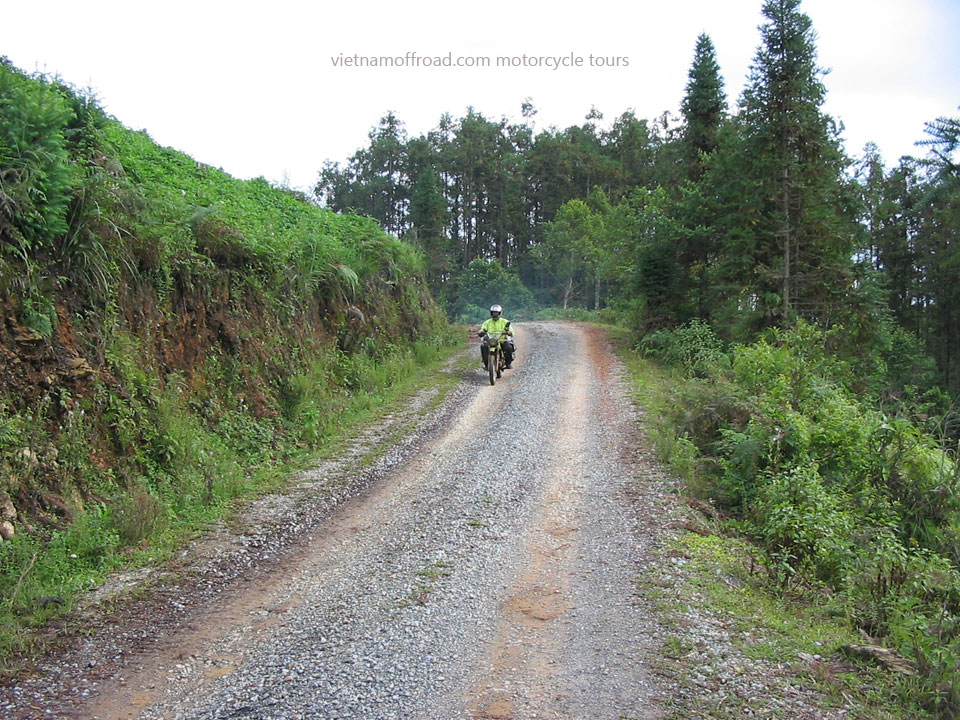 3 Days Short Northeast Motorbike Tour. 3 Days Northeast Vietnam Amazing Short Motorbike Tours, Home Staying