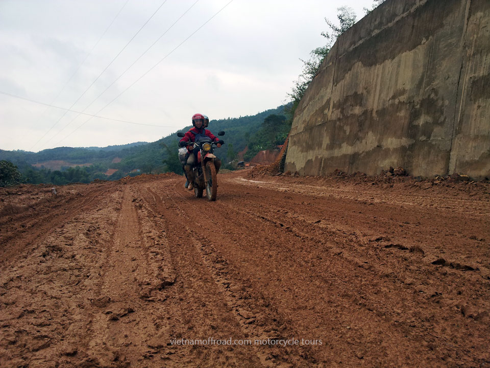 Offroad Vietnam Motorbike Adventures - Challenging Roof Roads & Northeast 8 Days