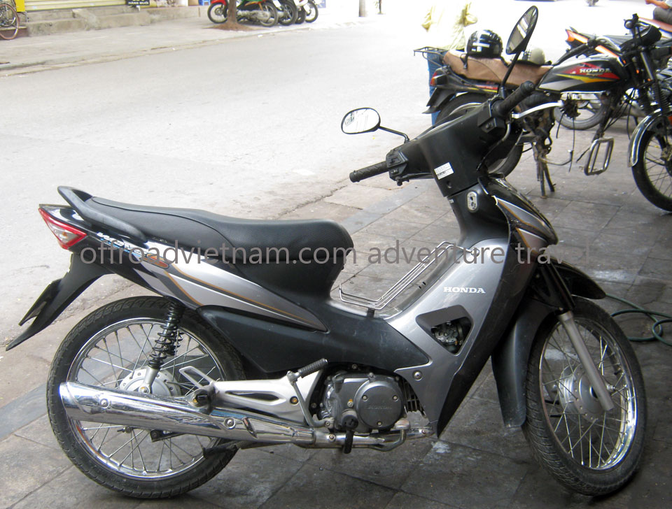 Offroad Vietnam Scooter Rental - Other 100cc Series Scooter Rentals. Honda Wave S 100cc Brown, Yellow, Disc brake
